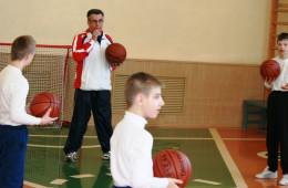 Александр Николаевич Асикритов с воспитанниками